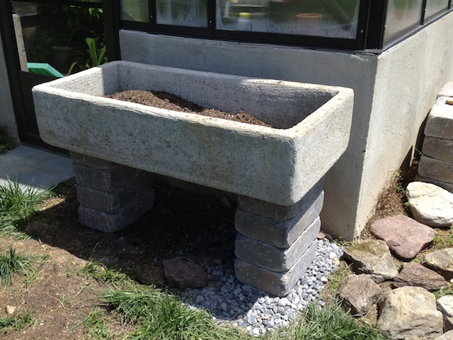 Trough mounted on blocks